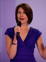 Carilynn-Nicholson-Stand-up-Colour-Photo-D-Bukach